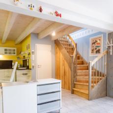 Küche und Aufgang